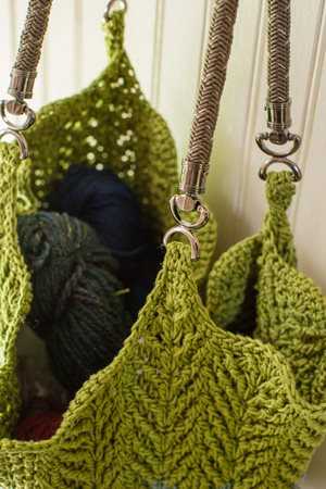 Cabled Ripples Tote Handles
