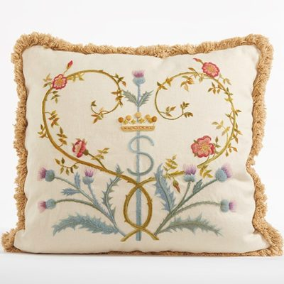 Crewelwork-Pillow
