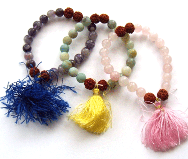 Bracelet making made easy and is one out of many perfect handmade beaded jewelry ideas!.