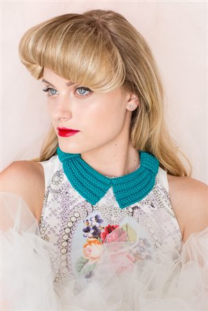 Bette Bow Collar Front