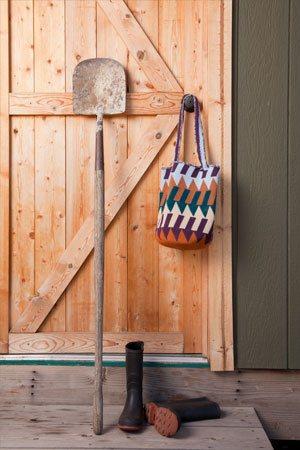 Carol Ventura Tapestry Crochet Bag
