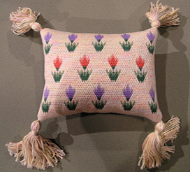 Tulip Pillow - Needle Arts Studio