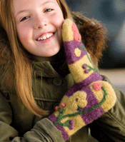 Do you have spring fever? You will after crocheting these mittens!