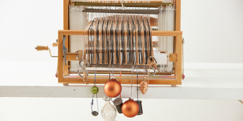More Fun than a Steam Iron – Holiday Gift Ideas for  Weavers to Make and Give