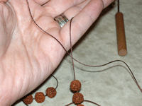 Learn how to knot gemstone and mala beads in this exclusive article.