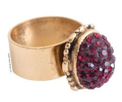 The Red Chaton Golden Ring is an epoxy clay ring project found in our free Crystal Clay Jewelry Projects eBook.