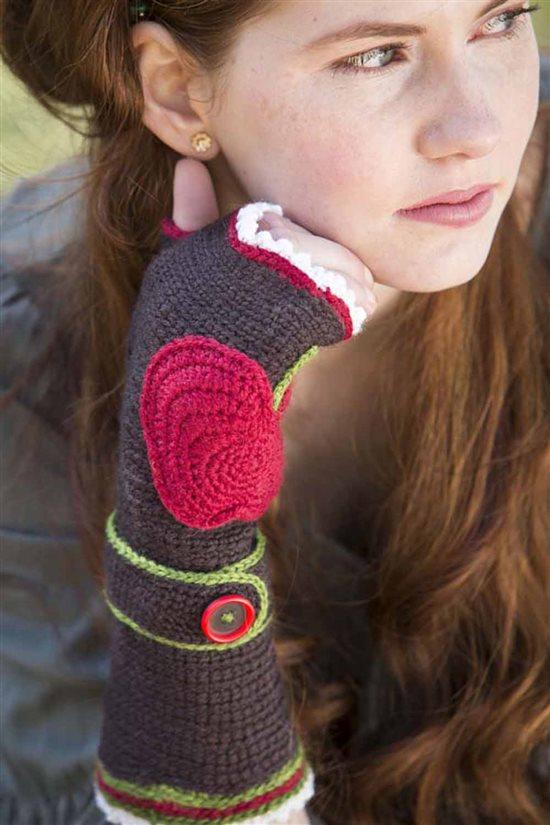 Crochet Ever After: Fingerless Crochet Mitts