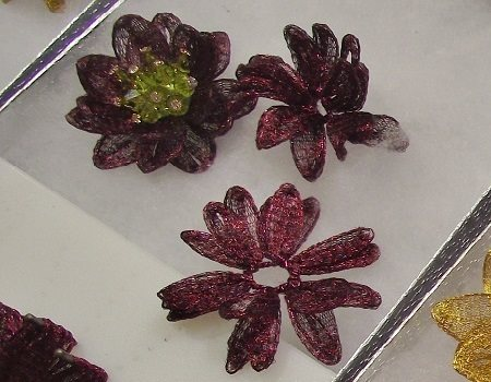 WireLace FunJig flowers