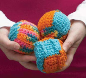 Free crochet gift ideas for beautiful handmade gifts, such as these giffy juggling balls!