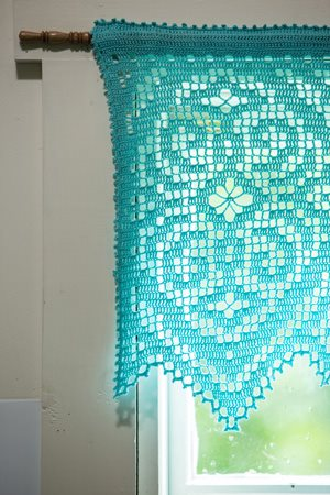 Diamond Valance Corner