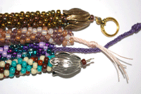 Making jewelry using the kumihimo with beads technique is fun and easy with our free eBook.