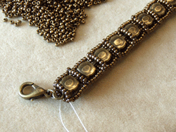 Learn how to make a seed bead bracelet with this step-by-step tutorial: Step 4.