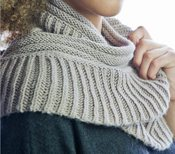 Two Ribs Infinity Scarf Pattern.