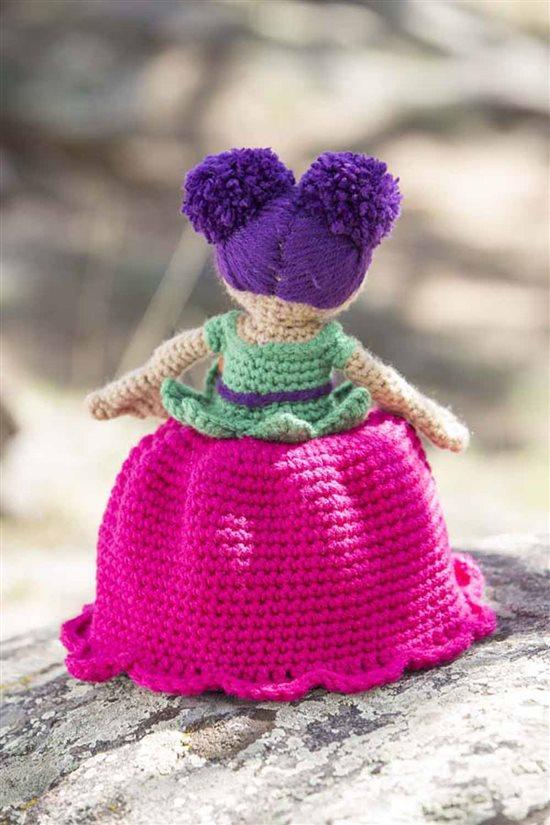 Crochet Ever After: Crochet Doll