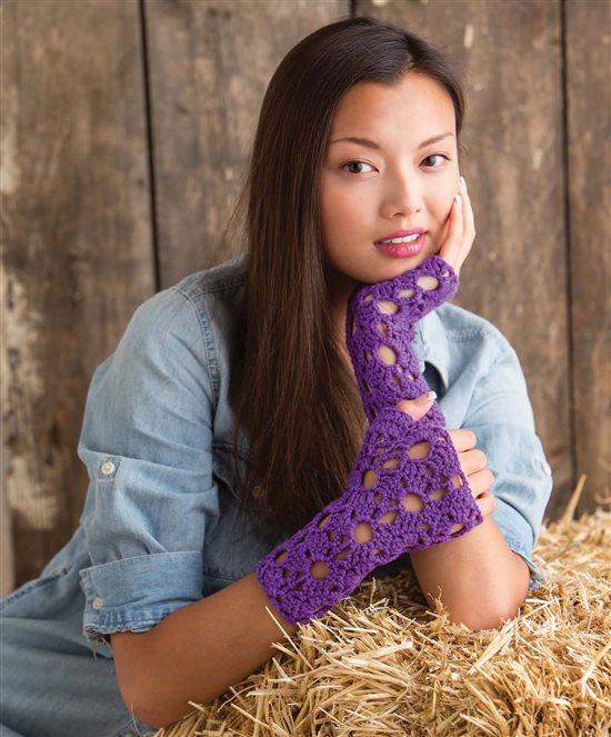 3 Skeins or Less: Crochet Fingerless Mitts