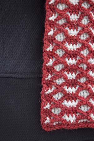 It Girl Crochet: Reversible Scarf