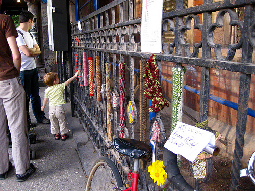 Guerrilla Crochet & Knitting in NYC