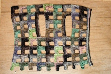 Open Cubes Vest Flat