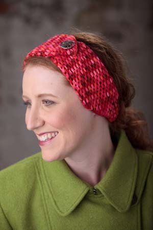 This crochet headband is warm and has a great crochet stitch texture.