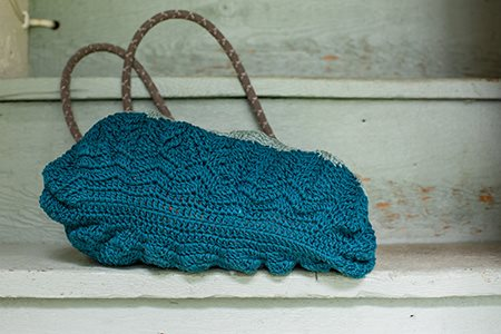 Cabled Ripples Tote Bottom