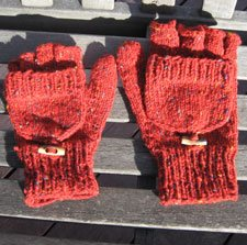 Fingerless gloves knitting pattern- Juris Mitts