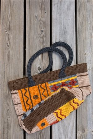 Outback Tote bottom