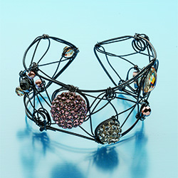 Step by step wire jewelry october november 2013 interweave for Step by step wire jewelry subscription