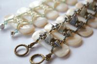 bracelet-making