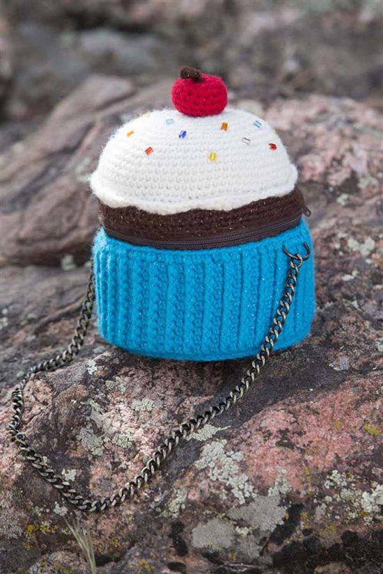 Crochet Ever After: Crocheted Purse