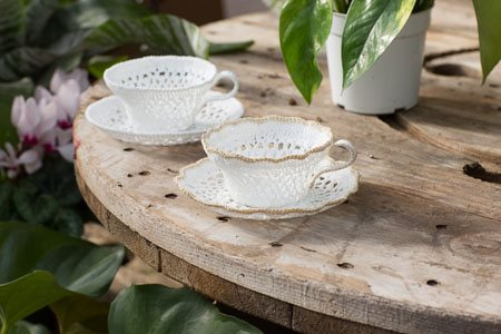 Faylinn Teacups Wide