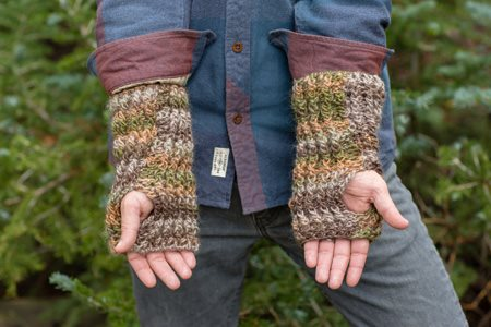 Willing and Cable Mitts Bottom
