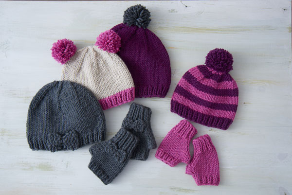 Learn to make knit gloves and hats!