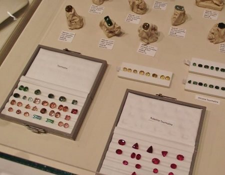 faceted gemstones from Larry Woods
