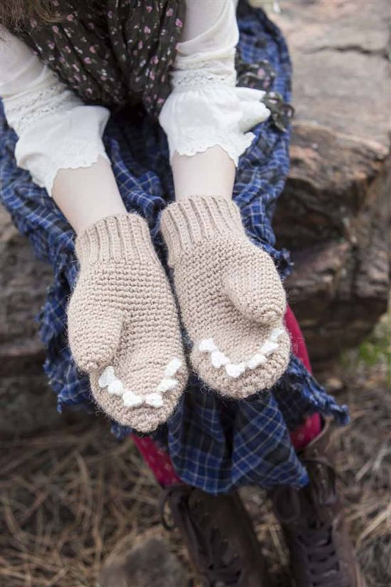 Crochet Ever After: Wolf Crochet Mittens