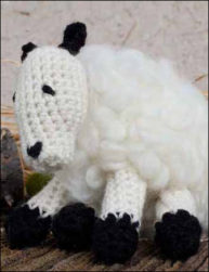 The Ewenice McFleece Sheep is a great example of single crochet and double crochet techniques packed into one crochet pattern.