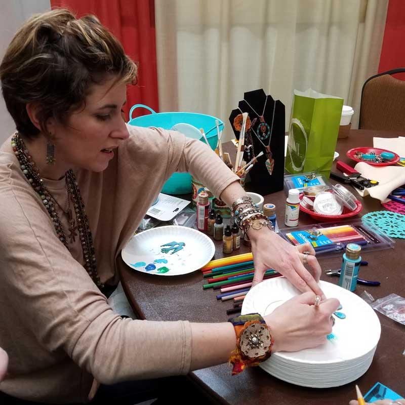 Candie Cooper in action, teaching during Bead Fest Sanat Fe 2017
