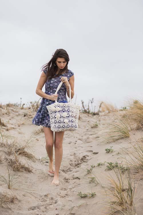 Beach Rose Tote Crochet Pattern