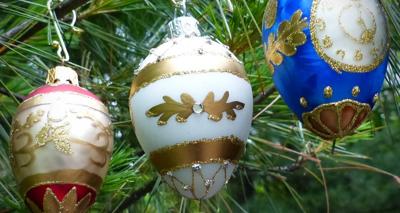 Studio Notes on Jewelry Business: Christmas in July