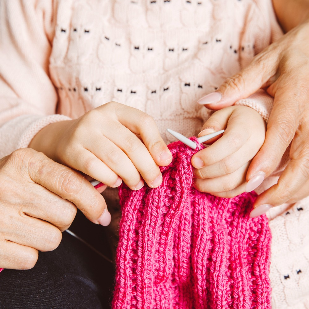 how to teach knitting