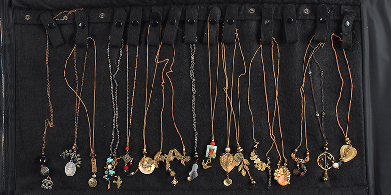 How to Sell Your Jewelry to Shops & Boutiques