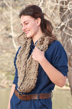 Bobbles to Infinity Cowl
