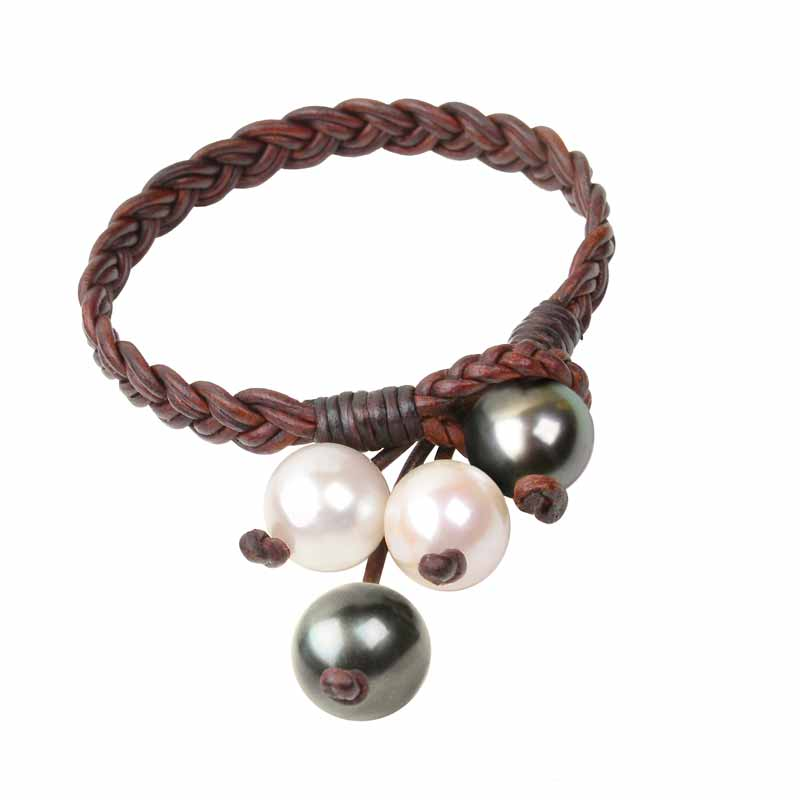 Lapidary Journal Jewelry Artist, leather jewelry trends. Vincent Peach: Boho Tassel Bracelet Freshwater pearls, Tahitian pearls, premium leather