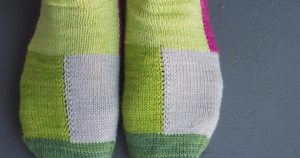 Pattern of the Week: Cube Socks