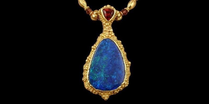 Lynette Cederquist opal garnet pendant jewelry arts