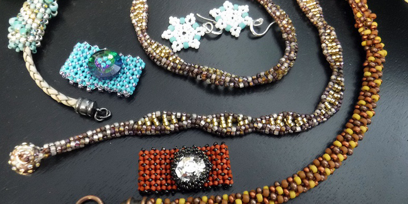 To Bead or Not to Bead: Bead Weaving Course vs. Bead Weaving Class