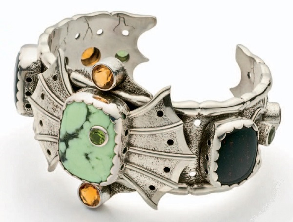 bracelet-making tips and how to make the Citron Chimera Cuff by Roger Halas