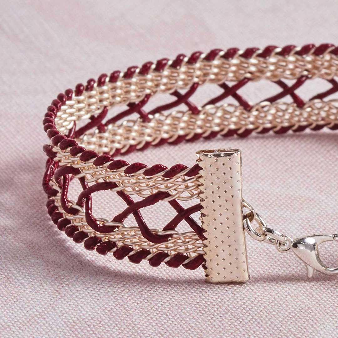 Kumihimo Wirework Made Easy: Corset Bracelet. Image courtesy of David Baum.