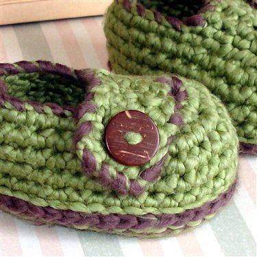Crochet Baby Loafers Pattern Free : Baby Button Loafers crochet pattern - Interweave
