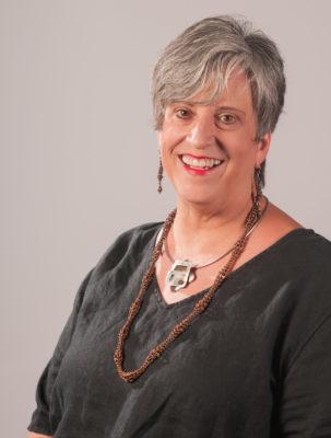 jewelry artist Debora Mauser