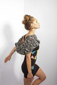 Free infinity scarf knitting pattern: Destiny Cowl.
